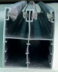 Redőny lefutó műanyag kombinált 53x44 mm  fehér, barna